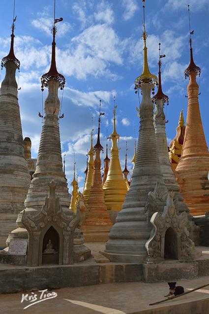 Paradis-des-Stupas Birmanie