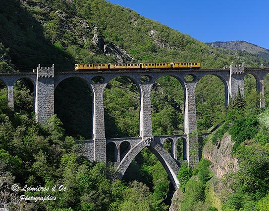 Petit train jaune & pont Séjourné (Pyrénées)